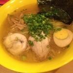 麺屋 すずらん - 鶏出汁しおらーめん750円