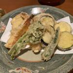 そば処 卓 - 茄子とさつまいもの天ぷらが大好きなんです(´﹃`)