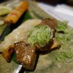 和食ダイニング まぐろ問屋 十代目彌左エ門 - 鯛、マグロカマトロの串