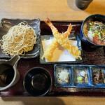能登美 - 「手打ち盛り蕎麦と選べる丼 得々セット」+「大海老の天婦羅(2本)」300円