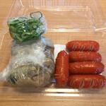 赤垣屋 - 料理写真:テイクアウト赤ウィンナー&どて焼き