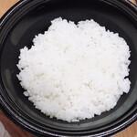 菜々魚々 ちょっとタイ料理 - ライスは日本米