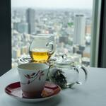 広東料理 センス - 凍頂烏龍茶