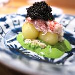 やまぐち - 毛蟹にメロン、ソースはパセリとメロンのペースト。キャビアのせて。もう美味しくない訳ない!
