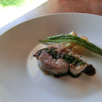 五風十雨 - 霧島山麓豚肩ロースのコンフィ、赤ワインを使ったマスタード風味のソース