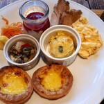 EDIT DINING  -