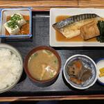 居酒屋 191 - 煮魚定食 @650