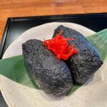 Chuukasoba kitsune - 黒炭稲荷寿司