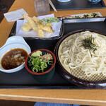 ウエスト うどん屋 - 天ざるうどん細麺