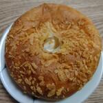 パン小屋Hutte - 料理写真:焼きカレーグラタン