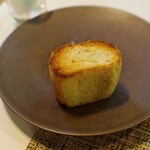 E.Bu.Ri.Ko - エノキのピュレ入りパン