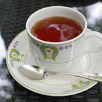 万平ホテル カフェテラス - 紅茶