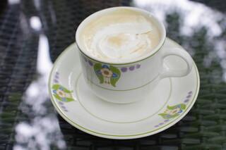 万平ホテル カフェテラス - ロイヤルミルクティー