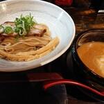 神虎 - つけ麺 醤油味 並盛