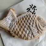 薄皮たい焼 粉こ楽 - 料理写真:うふクリーム   180円(税込)