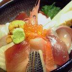 1520719 - 海鮮丼