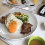 COCO cafe - ロコモコとコンソメスープ