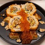 あじわい回転寿司 禅 - 2021.5 強烈メタボ巻(4,300円)フォアグラ、ウニ、イクラ、金粉入り