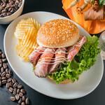 しのぶが丘珈琲 - 料理写真:最高級アメリカンプライムビーフ100%使用!