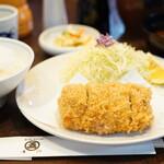 152009114 - ヒレカツ定食(2,200円)