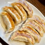 天鴻餃子房 - 元祖餃子は肉なしの野菜餃子です 軽くて甘くて優しい美味しさ
