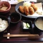 15203651 - 牡蠣フライ定食980円