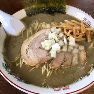 じゃじゃ麺 おもり - 料理写真:鶏白湯煮干しそば700円税込。煮干しが香る!