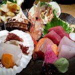 炙屋 - お刺身盛り合わせ(2,760円)