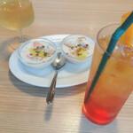 ブルーオーシャングリル - お通しの冷製スープ