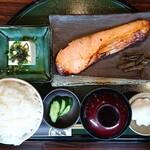 鮭山マス男商店 - 料理写真:銀鮭膳(大盛)