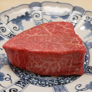◆コースにA5ランクのお肉も登場~お寿司以外もご堪能ください