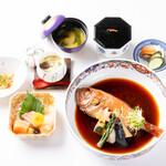 割烹旅館 寿美礼 - 料理写真:金目鯛の姿煮定食