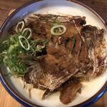 立ち呑み 楽 - 鯛のアラ煮付け