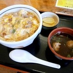 とりたま食道 こっこ家 - 親子丼(だんご汁付)700円