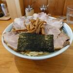 自家製中華そば としおか - チャーシュー麺