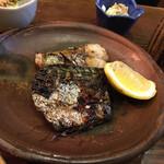 居魚家 ぎんた - 料理写真:・焼魚定食=塩さば