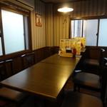 フナバカフェ - 手前の部屋です