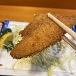 活魚料理仲の坂 - アジフライ(横)