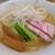 支那蕎麦 澤田 - 料理写真:ワンタン麺(白醤油だっけかな?)肉雲呑と海老雲呑が2個づつ載ってます