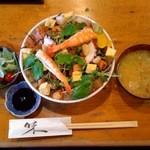 三益寿司 - ばらちらし