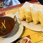 インド料理夢タージマハール吉祥寺 - マトンカレーとチーズナン