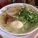 152124076 - 中華そば(並)煮卵入
