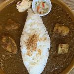 はらっぱカレー店 - ハーフ&ハーフ(チキン・キーマ・やさい)