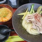 極楽うどん TKU - 冷しゃぶピリ辛大阪つけ麺