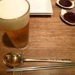 まつの実 - ドリンク写真:2012.10 まずはビールですよね:笑