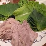 まつの実 - 2012.10 夜の看板料理、ゆで豚