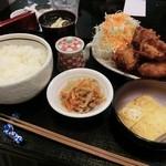 穂積 - 料理写真:日替わり定食/から揚げ