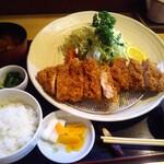 こばやし亭 - 神威豚の上ロースカツ