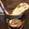 Dhiadhia - 料理写真:チャナマサラ&プレーンナン