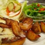 ベーカーバウンス - ベーコンチーズバーガー(スイスチーズ)